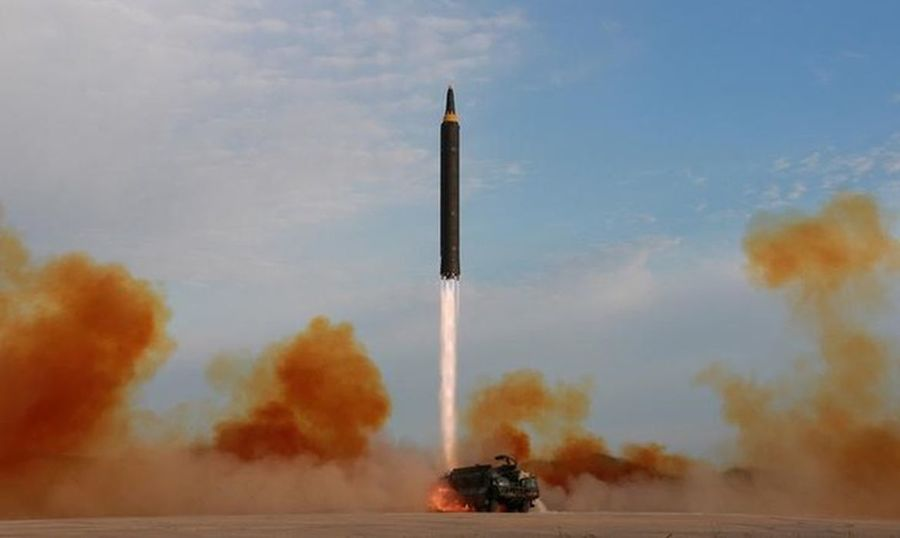 Center lancamento de missil pela coreia do norte agencia reuters