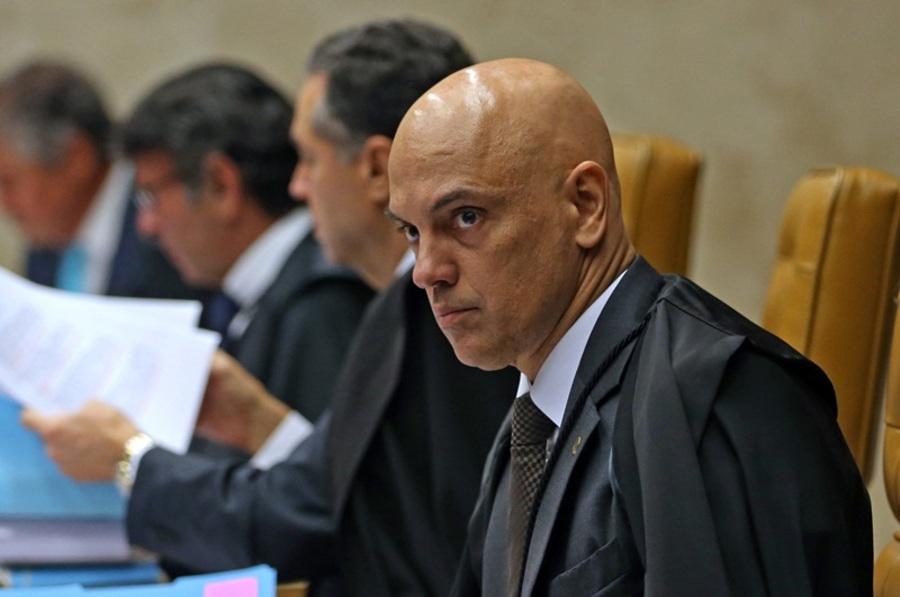 Center ministro do stf alexandre de moraes durante julgamento de habeas corpus preventivo do ex presidente lula